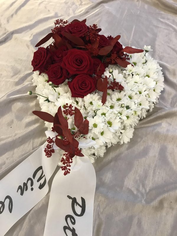 Blumengesteck Gärtnerei Kirchblüte
